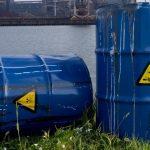 бочки с токсичными отходами