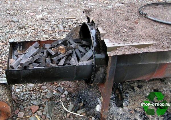 дрова в мангале