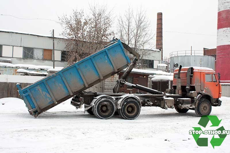 Перевозка мусорных бункеров